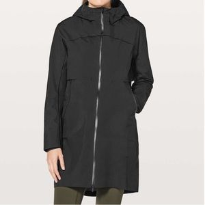 Lululemon Cloud Crush Long Black Rain Jacket 4